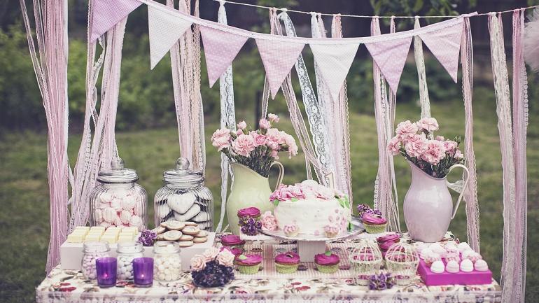 Candy Bar – inspiracje na przyjęcie urodzinowe KONKURS!