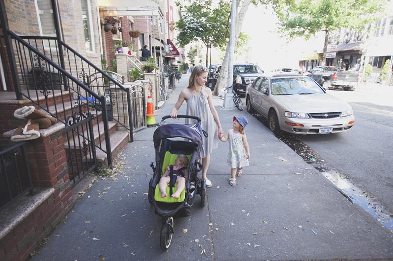 wakacje z dziećmi, podróż z dziećmi, wakacje z dzieckiem, wyjazd do Nowego Jorku z dziećmi, wakacje w USA, podróże z rodziną, nosidło Tula, szczęśliwa rodzina, parenting, rodzicielstwo bliskości